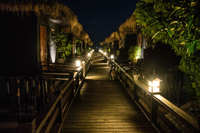 paramount-inle-resort-hotel-review