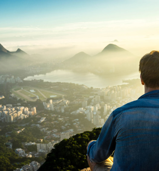 two-brothers-rio-favela-sunrise